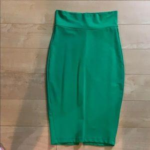 Green bodycon skirt